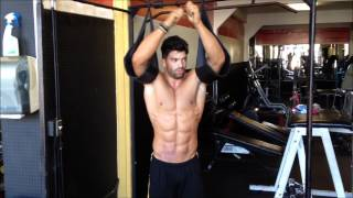 Download Video Sergi Constance ABS workout. MP3 3GP MP4