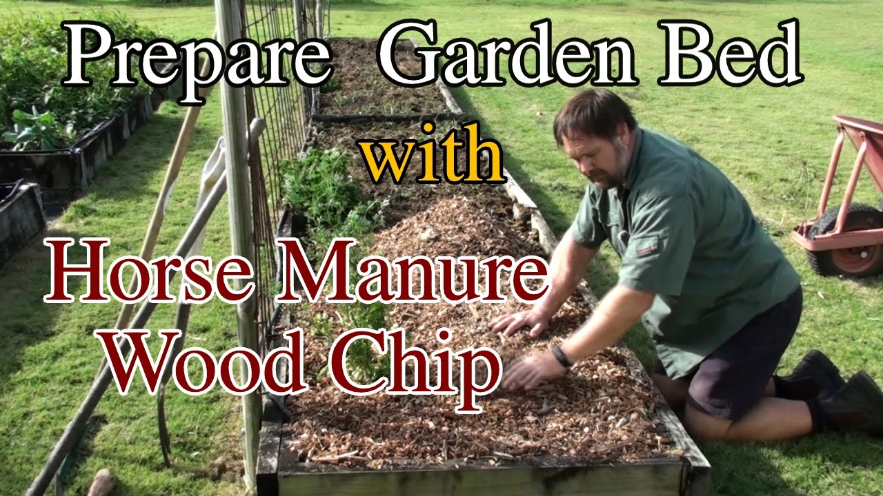 How I Prepare My Vegetable Garden Beds Using Wood Chip Youtube