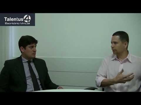 Uma Trajetória de Sucesso: Um bate papo sobre a carreira jurídica com o Prof. Carlos Rátis