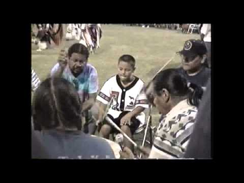 "Grayhorse ""Shake Song"" Tulsa Powwow 1998"