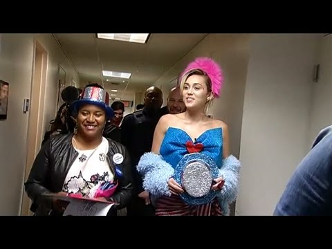 Miley Cyrus and Katy Perry Campaign for Hillary Clinton In College Dorm Rooms