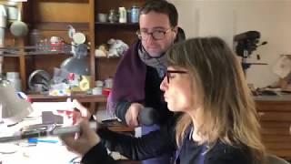 En direct de l'atelier de Sylvie Capellino, créatrice de luminaires à Nontron