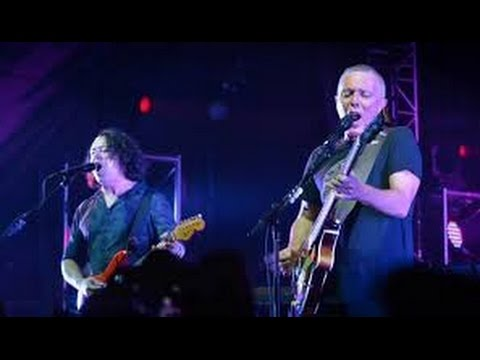 "TEARS FOR FEARS on tour (2016); perform amazing rendition of ""CREEP""."