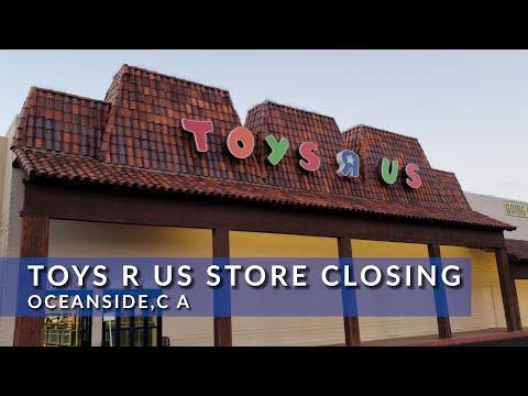 Toys R Us Store Closing Oceanside, CA
