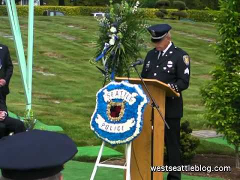Seattle Police Memorial ceremony at Forest Lawn