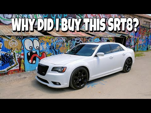 Why I bought my 2013 Chrysler 300 SRT8 | Mochas and Mopars Meet & Greet | Blood Donation | Vlog