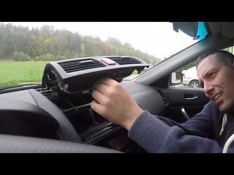 Honda Accord 7.gen. vészvillogó égőjének cseréje
