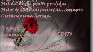 A mi que me quedo (Lyrics) - Los invasores de Nuevo Leon