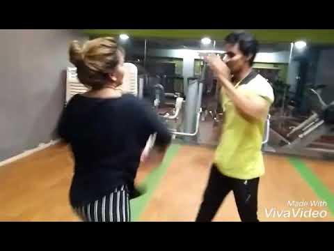 Lucky Vs  pooja parjapati Gujarati heroin kick boxing training @group beach workout videos