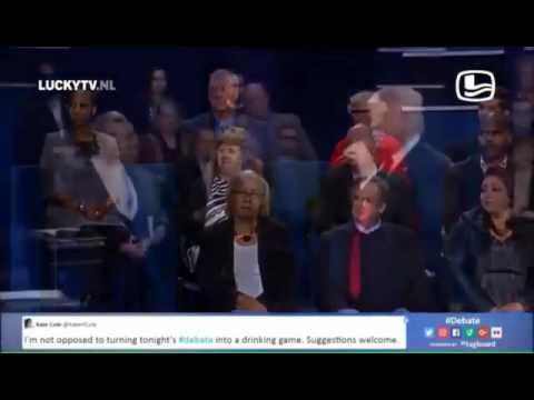 Karaoke Hillary Clinton y Donald Trump