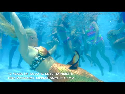 Live Mermaid Swimming With Kids For Pool Party Entertainment Youtube
