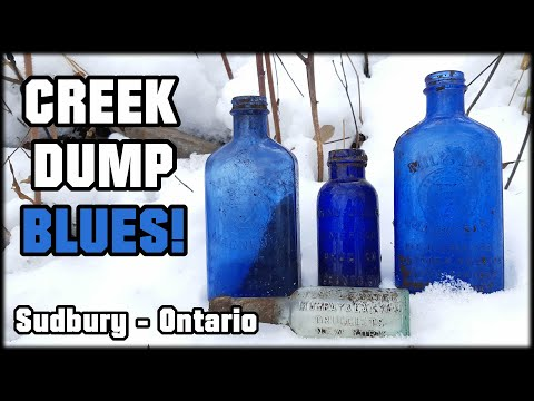 AWESOME CREEK DUMP ANTIQUE BOTTLE FINDS! Early 1900's Cork Top & Cobalt Blue Bottles! Sudbury - ONT