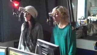 The Veronicas Untouched Acoustic in Newcastle UK