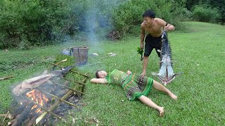 Primitive Technology: Grill the fish on a fire Eating Delicious - Meet Girl Sleep