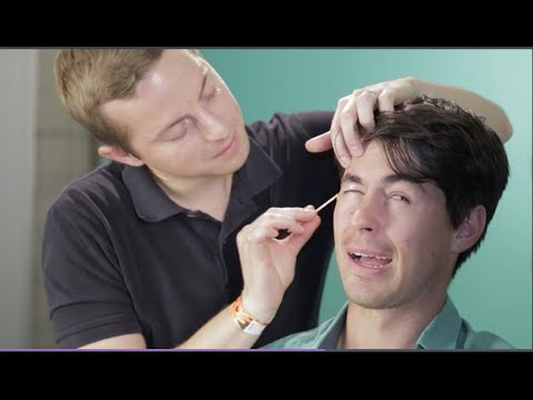 Thumbnail: Guys Try To Do Each Other's Eyebrows