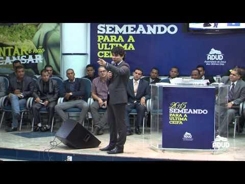 Samuel Mariano ministrando na ADUD