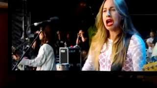 Video Haim's bass face at Glastonbury download MP3, 3GP, MP4, WEBM, AVI, FLV Januari 2018
