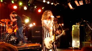 The Darkness Live in Boston - She's Just a Girl, Eddie @ Paradise