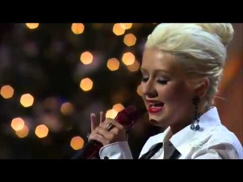 Christina Aguilera - Have Yourself A Merry Little Christmas (Live Disney Parks Christmas Parade)