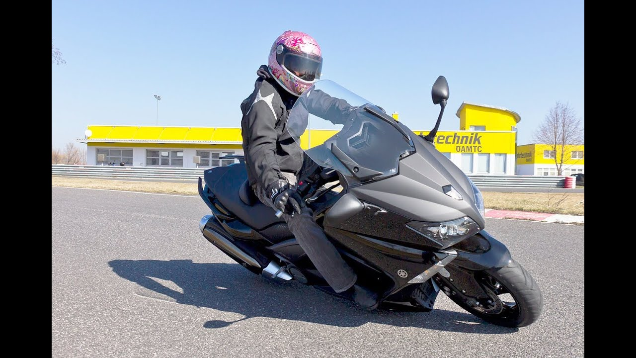 yamaha t max 530 scooter test mit k ot youtube. Black Bedroom Furniture Sets. Home Design Ideas