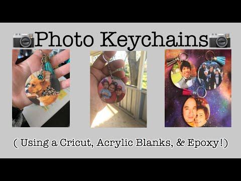 DIY Epoxy Keychains WITH Photos!