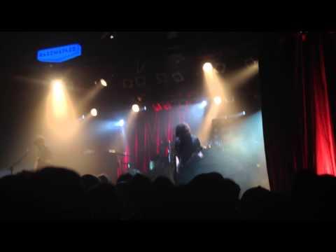 """BERRI TXARRAK  """"Ikasten"""" // Fi de gira 08.11.13 @ Sala Razzmatazz"""
