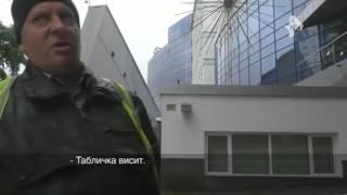 В Саратове охранники организовали  парковку для избранных  у стен элитного ВУЗа