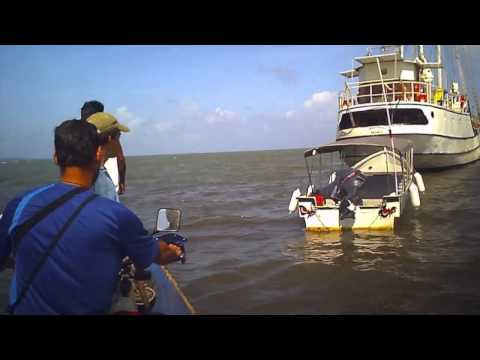 Motorcycle Sailing from Panama to Colombia - Stahlratte Journey-