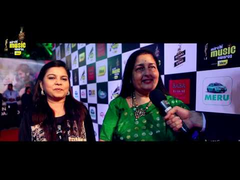 Anuradha Paudwal & Sadhana Sargam talk about their favourites on the Red Carpet at the #MMAwards