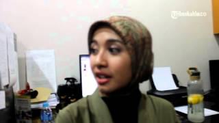 VIDEO Warga Berdesakan Ingin Foto Dengan Pemeran Film Talak 3