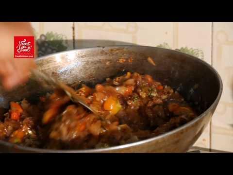 Kheema Paratha - Kolhapur Street Food - Treat On Street