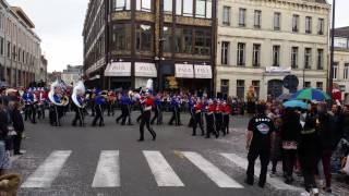 La Vaillante Show&Marching Band a St Quentin Mai 2016
