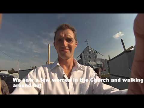 David Davies MP visits Calais migrant camp