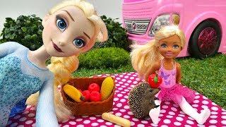 Эльза и Штеффи на пикнике. Видео с куклами. Мультики для девочек.