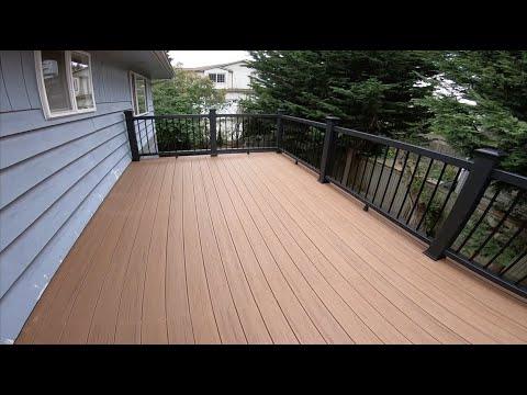 Deck at Lynnwood Washington
