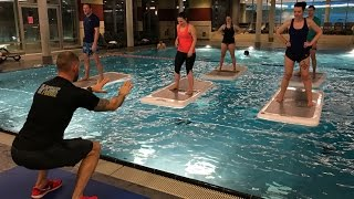 Float Fit: SAT.1-Reporter testet neuen Sporttrend in Hamburg