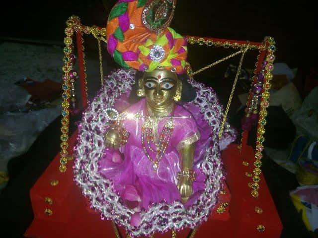 Beautiful Thakurji Jhula Swing Decoration Pictures Photo Gallery for free downloadx