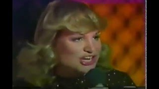 Video Samantha Sang  (with The Bee Gees) - Emotion (one-hit wonder of 1978) download MP3, 3GP, MP4, WEBM, AVI, FLV Juli 2018
