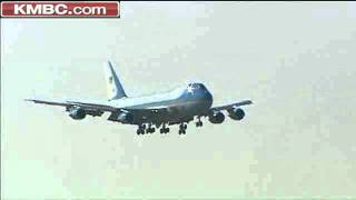 Watch Air Force One Land At KCI Airport