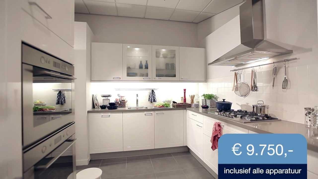 Bekijk de keuken averino m collectie mandemakers keukens youtube - Keuken uitgerust m ...