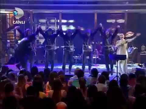 Şevval Sam & Samet Kölemen - Muhteşem Horon Show, Canlı Performans Beyaz Show