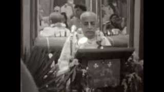 Апрель 1969 года, Нью Йорк  Фильм «Гурудев»