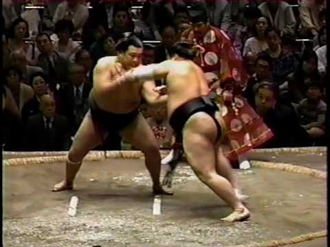 """Sports Center"" Japan - Sumo Highlights on TV each night"