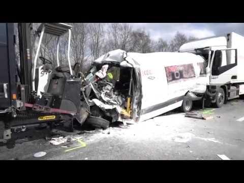 Schwerer Unfall auf A 61 bei Boppard: Lastwagen schiebt drei Autos zusammen