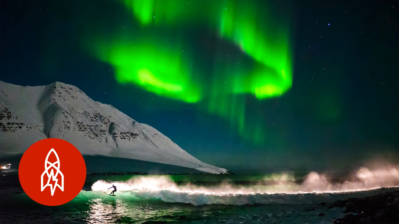 Big Wave Wallpaper Hd Surfing Under Northern Lights That S Amazing Youtube