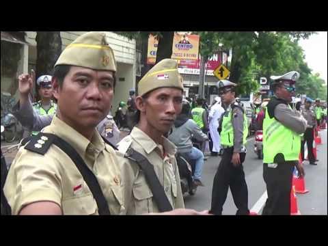 "SELAMAT HARI PAHLAWAN!!! ""Jendral Sudirman & Pangeran DIponegoro"" tilang pelanggar lalulintas Mp3"