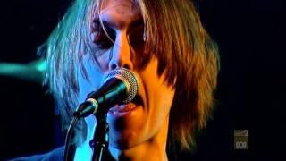 The Vines - Get Out (JTV Live)
