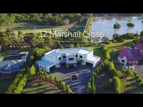 12 Marshall Close, Sunbury - Magnificent Lakeside Sanctuary