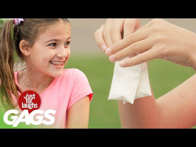 Маленькая девочка делает тысячи продаж тайного порошка