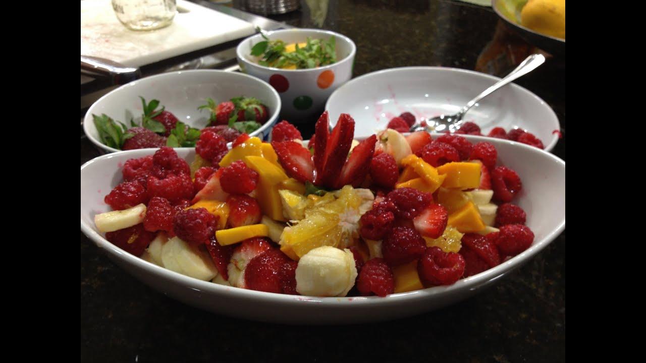 Como hacer una ensalada de frutas youtube for Como se cocina la quinoa para ensalada